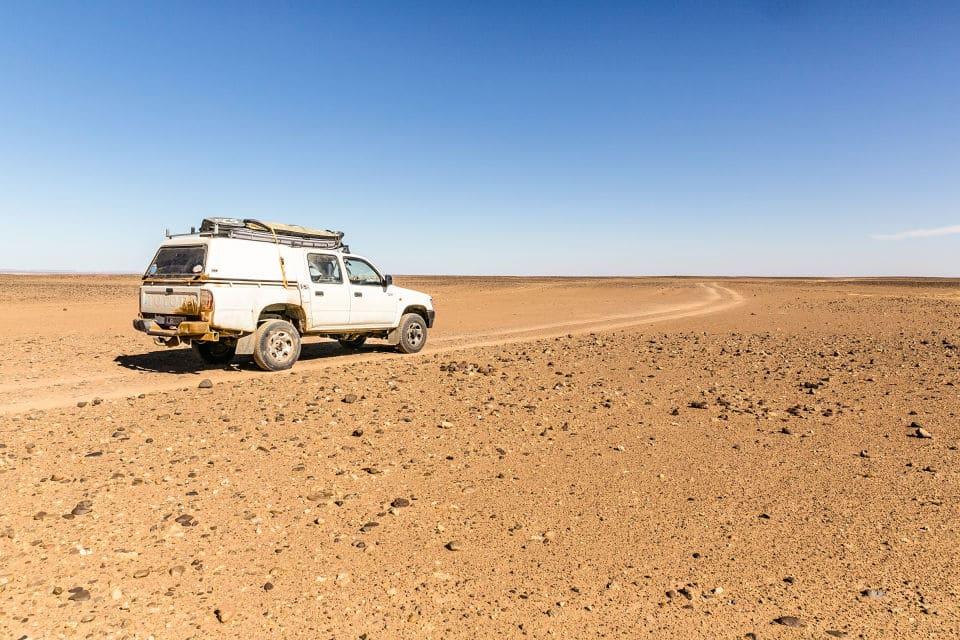 Auto in Wüste