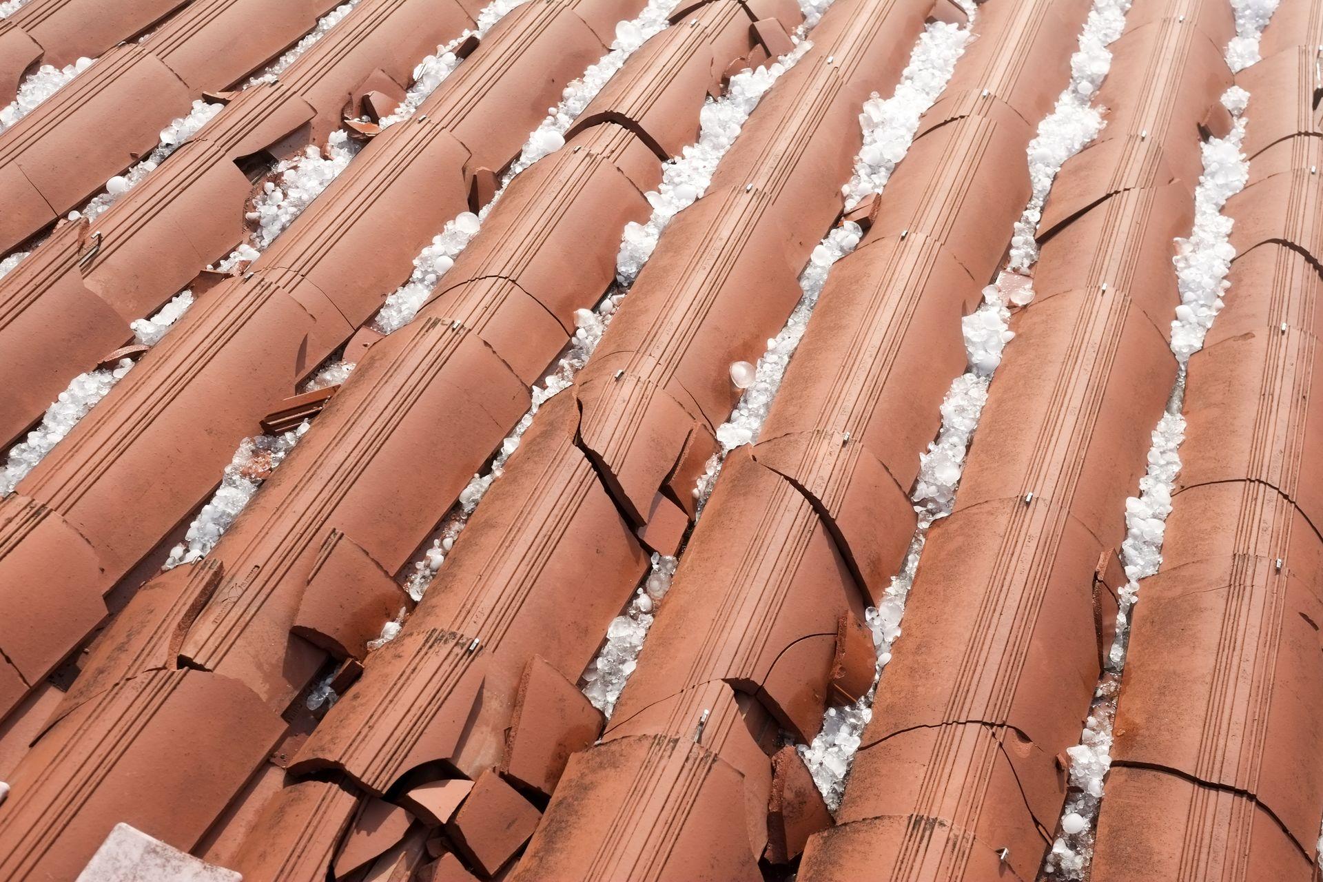 Hagelschaden am Dach